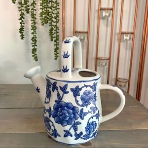 Vtg Blue White Floral Asian Ceramic Watering Can